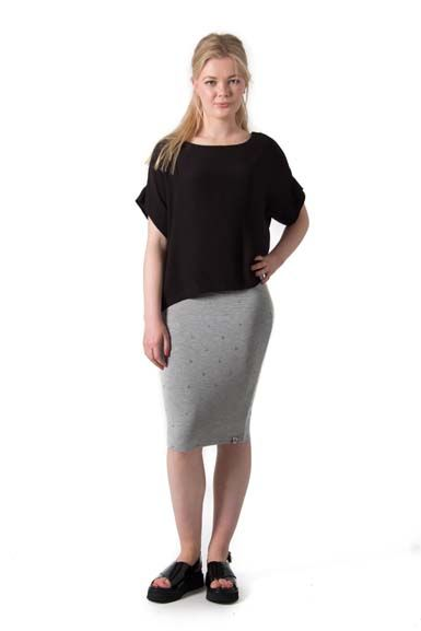 Betsy skirt Lt Htr grey w. Silver dots
